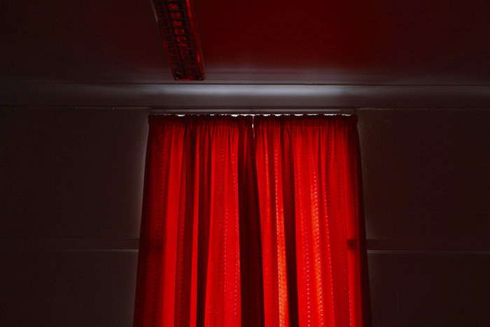 355Z7017_curtains_nw